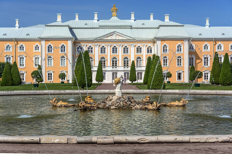 большой петергофский дворец фото специализируется продаже сувениров