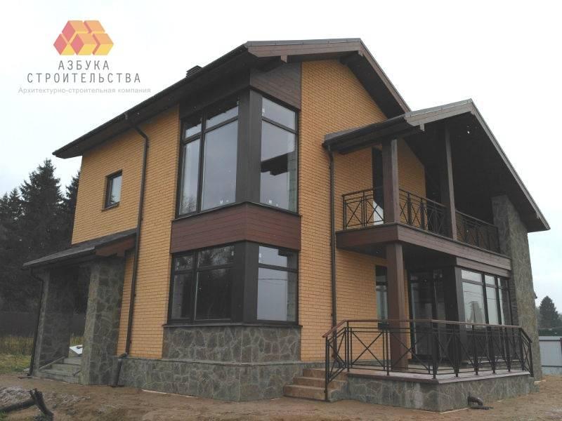 Фасады дома приобрели законченный вид