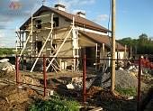 Вид на главный фасад дома. Работы отделке фасадов закончены.
